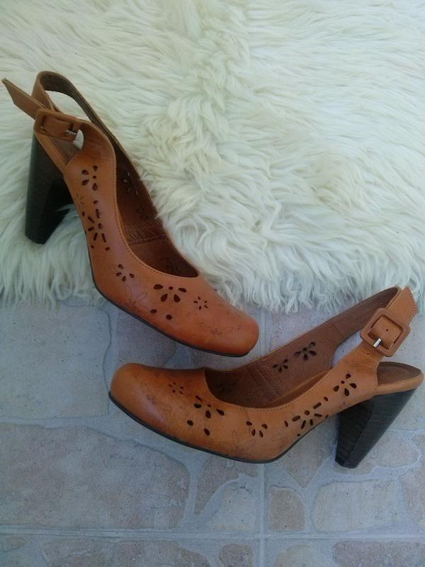 3b53cc588 Кожаные перфорированные туфли (закрытые босоножки) rylko с открытым  задником на каблуке1 фото ...