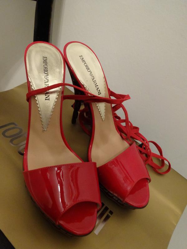 467022034364 Armani оригинал!! кожа натуральная босоножки красные новые 38 39 размер1 ...