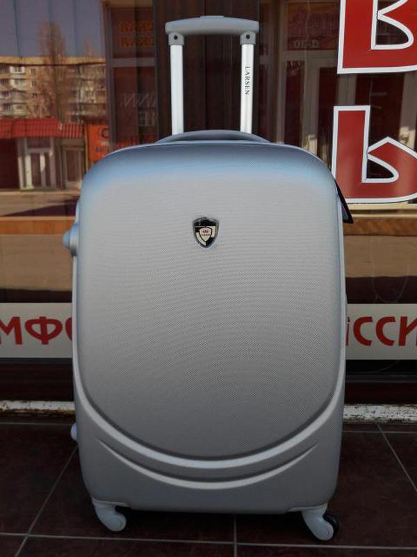 Валіза пластикова без передплат чемодан пластиковый дорожный сумка на  колесах киев1 ... 0c92c85637f