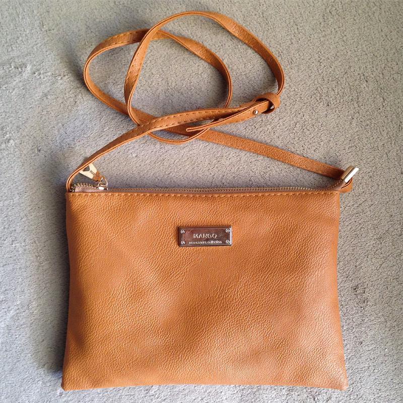 1e157f7a5ba6 ... кроссбоди1 фото · Рыжая сумка mango с длинным ремешком через плечо /  клатч кроссбоди2 фото ...