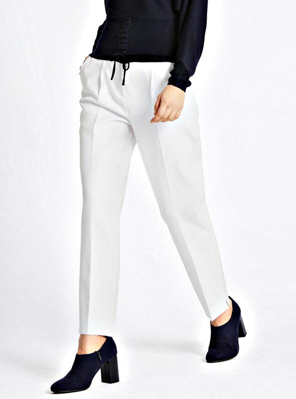 Высокие белые брюки из фактурной ткани со стрелками р.16 Marks & Spencer, цена - 250 грн, #52420004, купить по доступной цене | Украина - Шафа