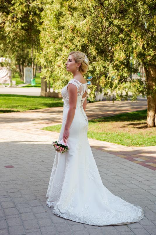 e3f2af3c549 Элегантное свадебное платье