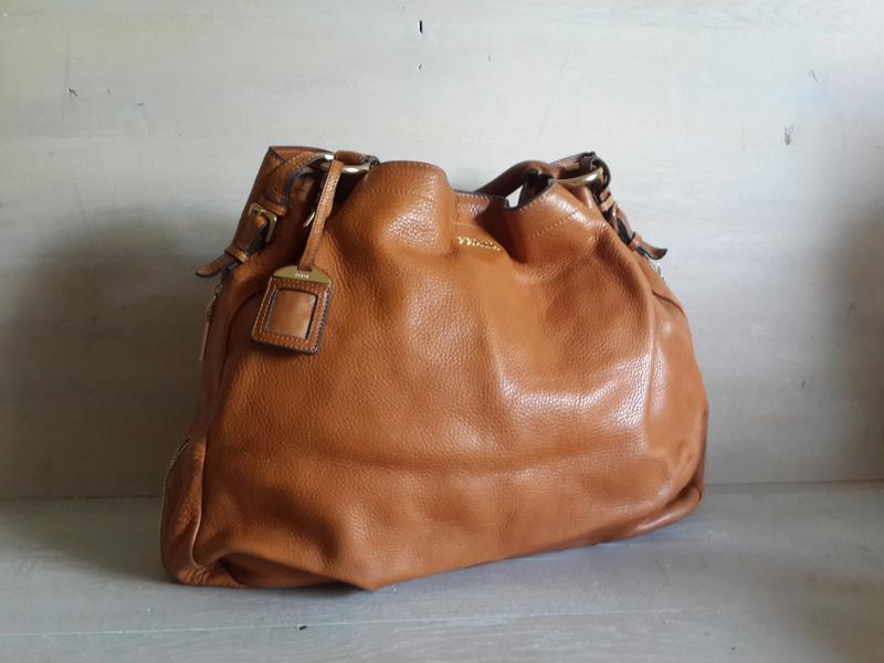 ba034b702c0b Prada!большая кожаная сумка .италия Prada, цена - 1599 грн, #6606938 ...