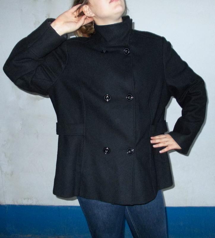 Продам новое шерстяное брендовое полу пальто  4906fac3637bf