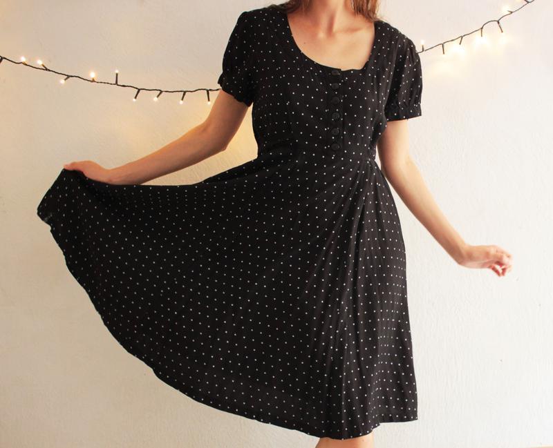 cc74d22603f Милое черное платье в горошек. ретро платье. горох (на чёрном фоне ...