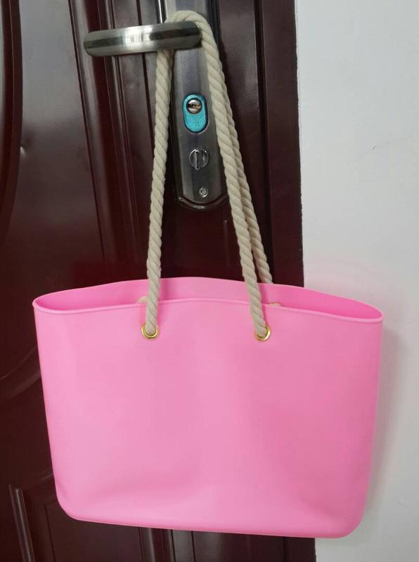 294abfe9ee99 Силиконовая пляжная сумка, цена - 399 грн, #6721026, купить по ...