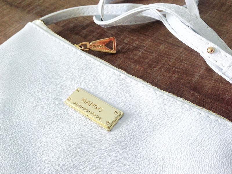 bf6505d445ee ... Белая сумка mango с длинным ремешком через плечо / клатч кроссбоди5 фото
