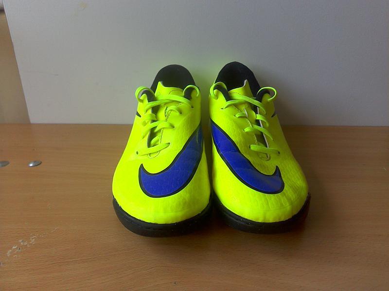 f5013ae3 Бутсы- сороконожки найк (nike), р. 38, длина стельки 24 см. Nike ...
