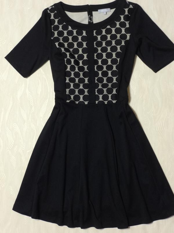 b96e66dfead Черное платье с ажурными вставками per una