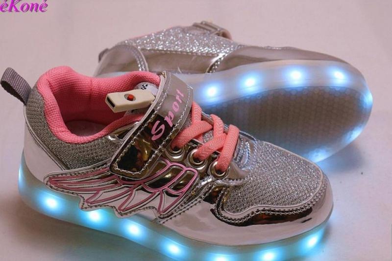 12568d3c 27 р. мега крутые детские кроссовки с led-подсветкой и usb-зарядкой1 фото  ...