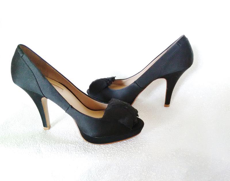 Zara оригинал испания дорогие атласные туфли с открытым носком каблук  рюмочка1 ... 408624213c3