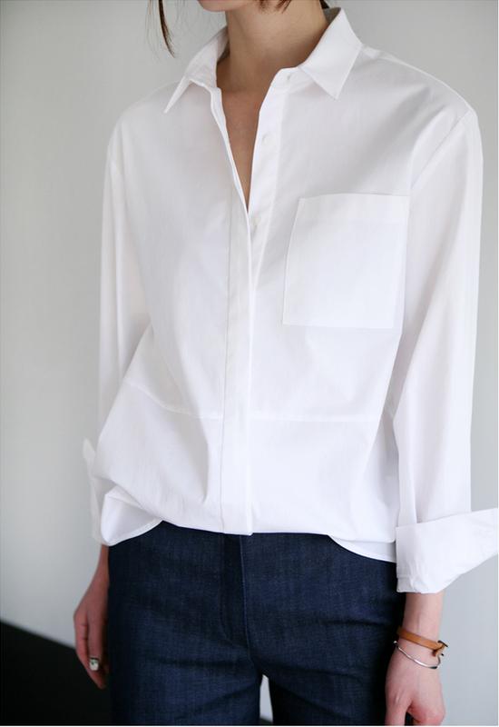 0761bd5e9c5 Стильная белая рубашка-многофункциональная базовая вещь