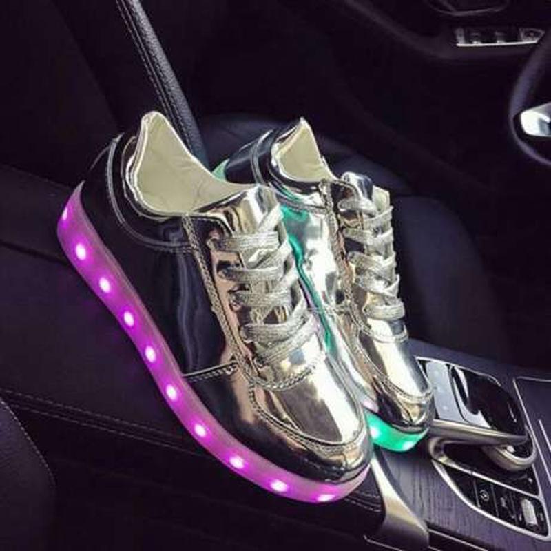 b9660a6fadf822 Светящиеся кроссовки led со светящяйся подошвой, цена - 750 грн ...