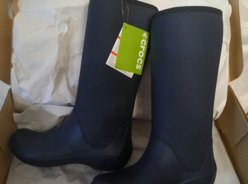 f66f16a8 Сапоги женские крокс crocs women's rainfloe tall boot Crocs, цена ...