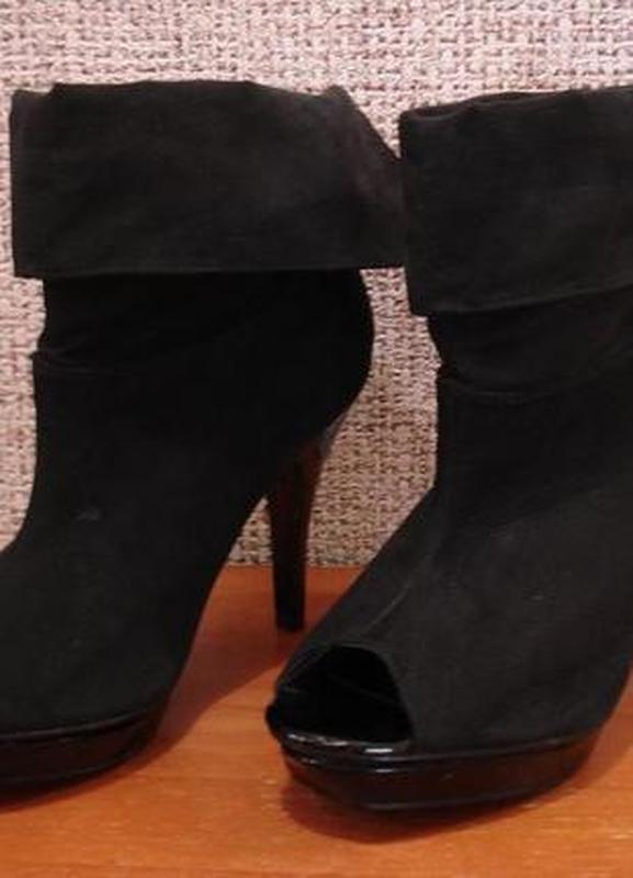 093bcf932c4a Ботильоны туфли с открытым носком замшевые туфли. F F, цена - 240 ...