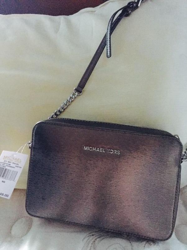 07a6338cd076 Новая сумка michael kors jet set travel crossbody оригинал серебристая  кожа1 фото ...