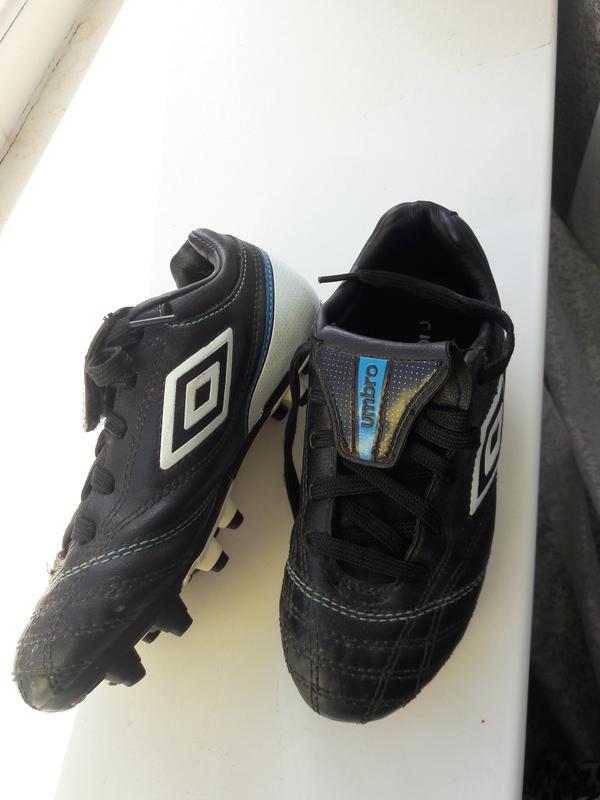 52cac125d350 Umbro фирменные кожаные футбольные бутсы сороканожки UMBRO, цена ...
