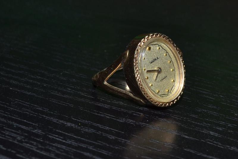 Кольцо часы продам антиквариат часы продать настенные