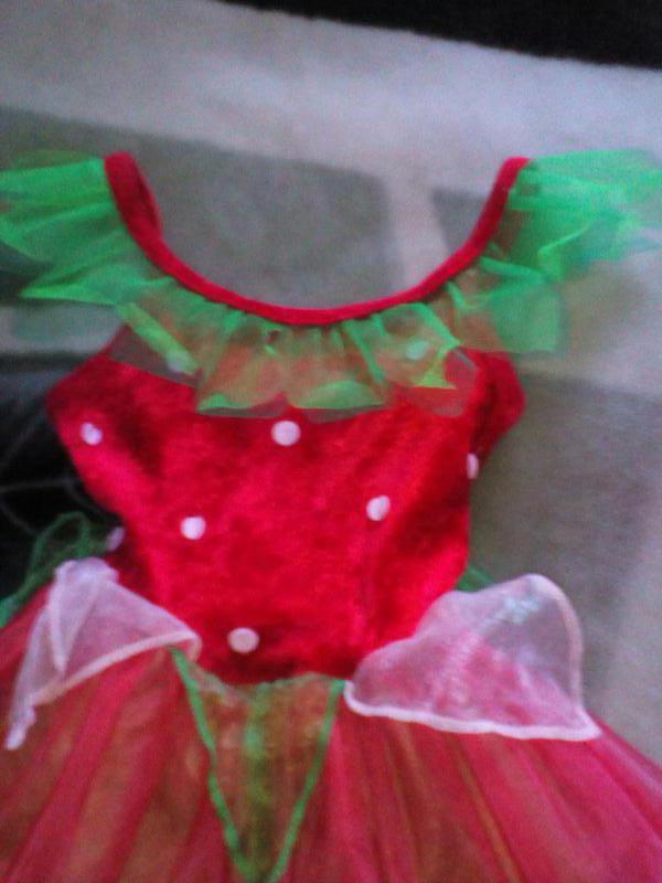 fda746ca52f84eb Карнавальное новогоднее платье землянички,клубнички цветочка на 2-3года1 ...