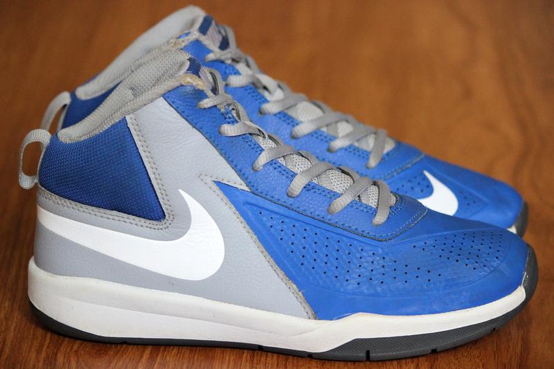 Женские баскетбольные кроссовки - купить недорого в интернет ... 4ec5e78fef2d2