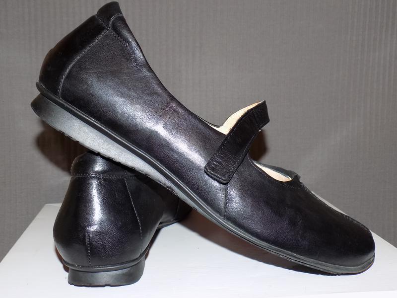 57d7af02c505 Супер качество.кожа.фирма.добротные женские туфли think 42-43 р сост новых  за 699 грн. | ...