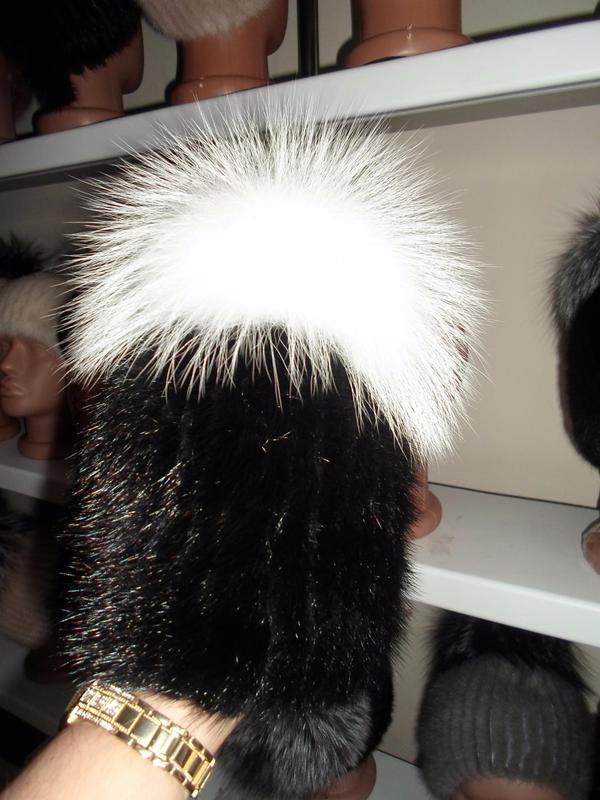 меховая шапка на вязаной основе норка и вуалевый песец цена 1150