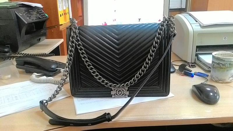 378f3fc32ede Сумка chanel boy chevron Chanel, цена - 2500 грн, #1024437, купить ...