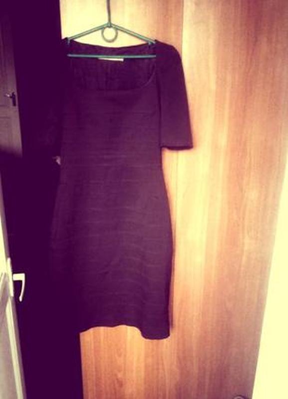 65ae34881e9 ... Очень красивое платье-футляр шоколадного цвета итальянской фирмы.4 фото