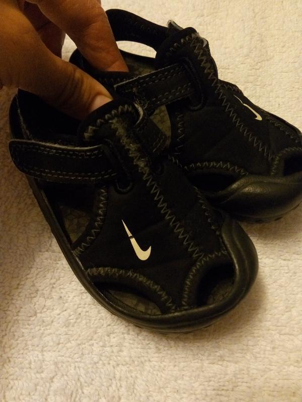 ba33ddd4 Оригинальные детские сандалики, босоножки, аквашузы nike Nike, цена ...