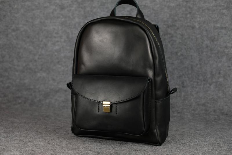 2fbbf50f6a8b Черный кожаный рюкзак среднего размера с потайным карманом k00028-61 фото  ...
