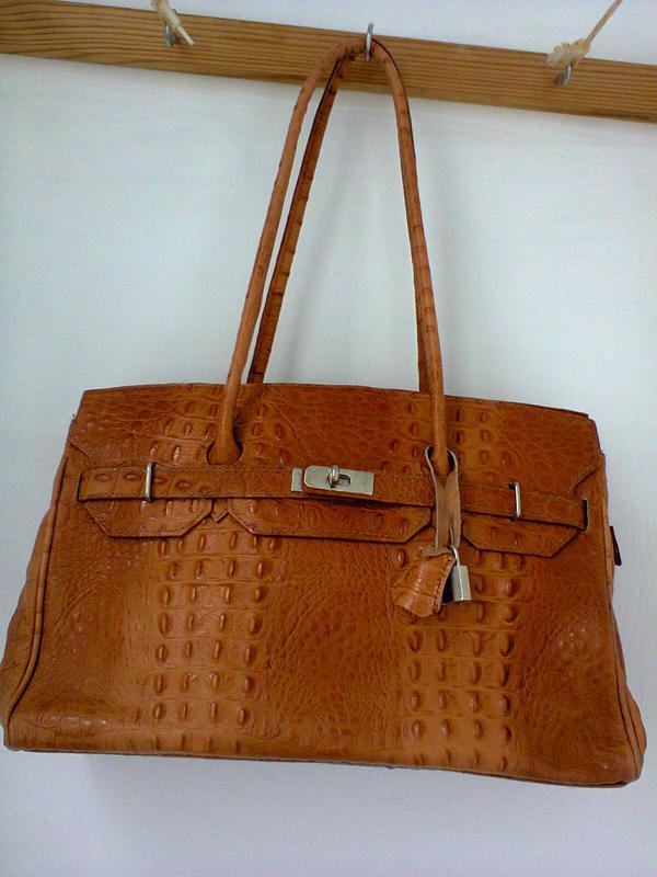 42717fde3217 Сумка из натуральной кожи , стилизована под кожу крокодила genuine leather, италия.1 фото ...