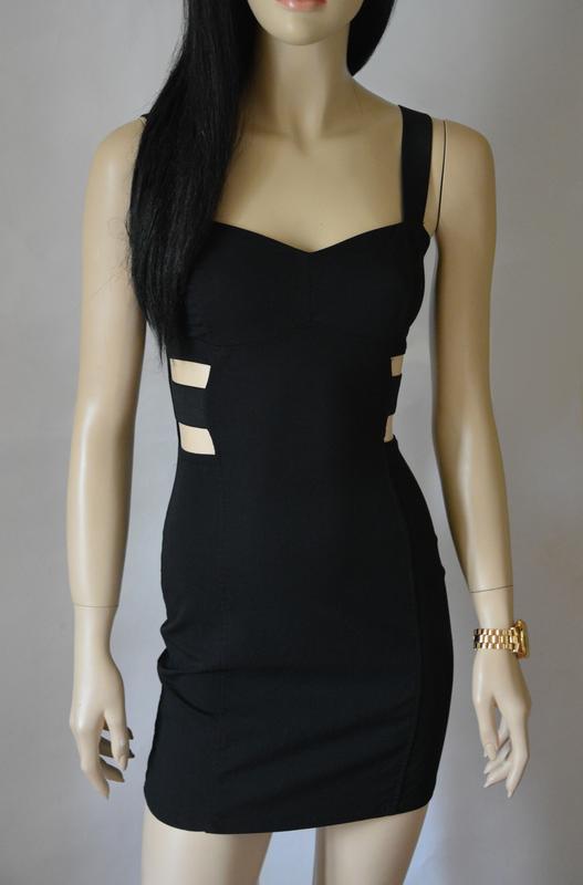 Платье h m с вырезами