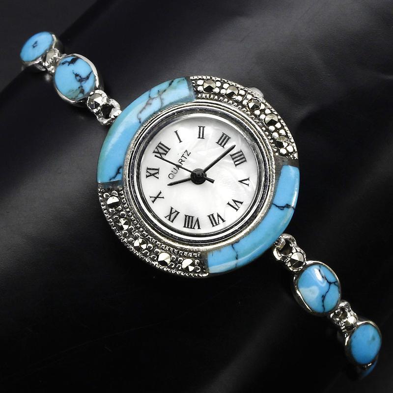 Предлагаемые часы из камня разнообразны по внешнему виду.