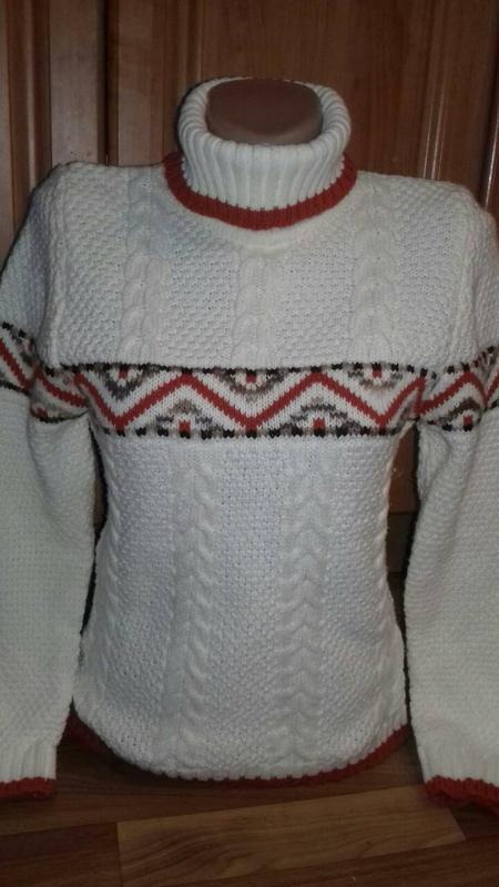 Новый красивый шерстяной теплый зимний свитер 8a3de53c1fce0