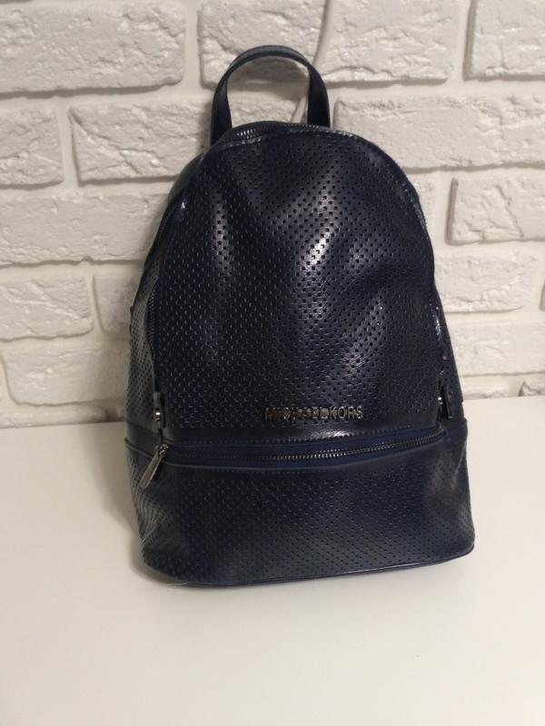 0d68425be9a2 Классный кожаный рюкзак на 2 отделения Michael Kors, цена - 929 грн ...