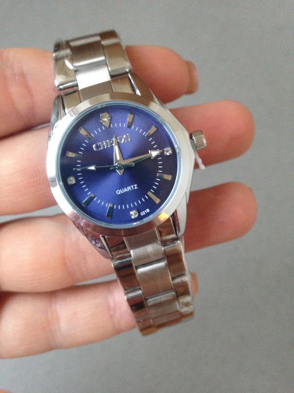 32ac1839 Часы наручные женские, серебряный металлический ремешок, голубой, синий  циферблат1 фото ...