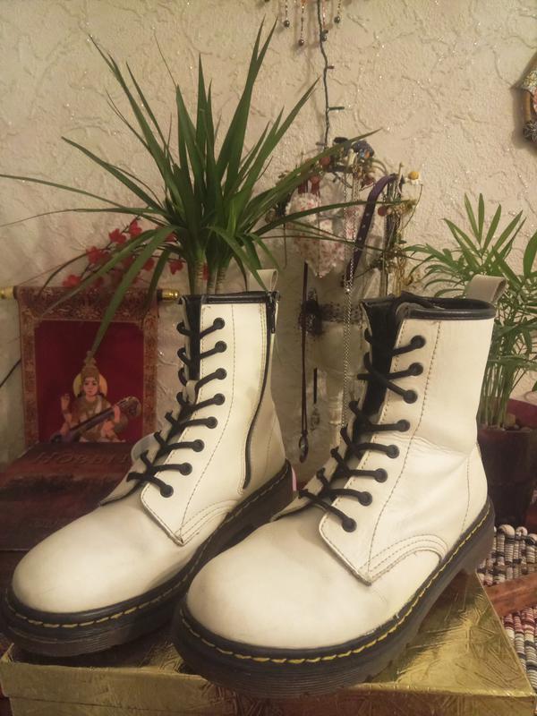 Dr. martens мартинсы оригинал зимняя обувь ботинки белые Dr. Martens ... 6204beae2d3b3