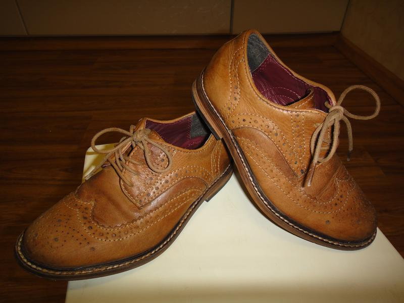 Фирменные кожаные туфли на мальчика р. 29 стелька 19 c0b5c7ca6a82c