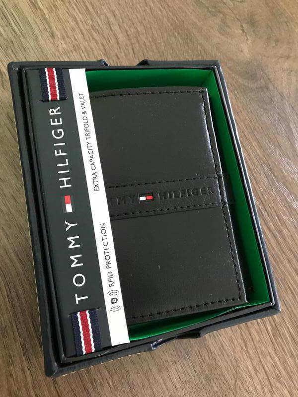 5431dcf6ec7d Кожаный кошелек tommy hilfiger фирменный портмоне оригинал из сша1 фото ...