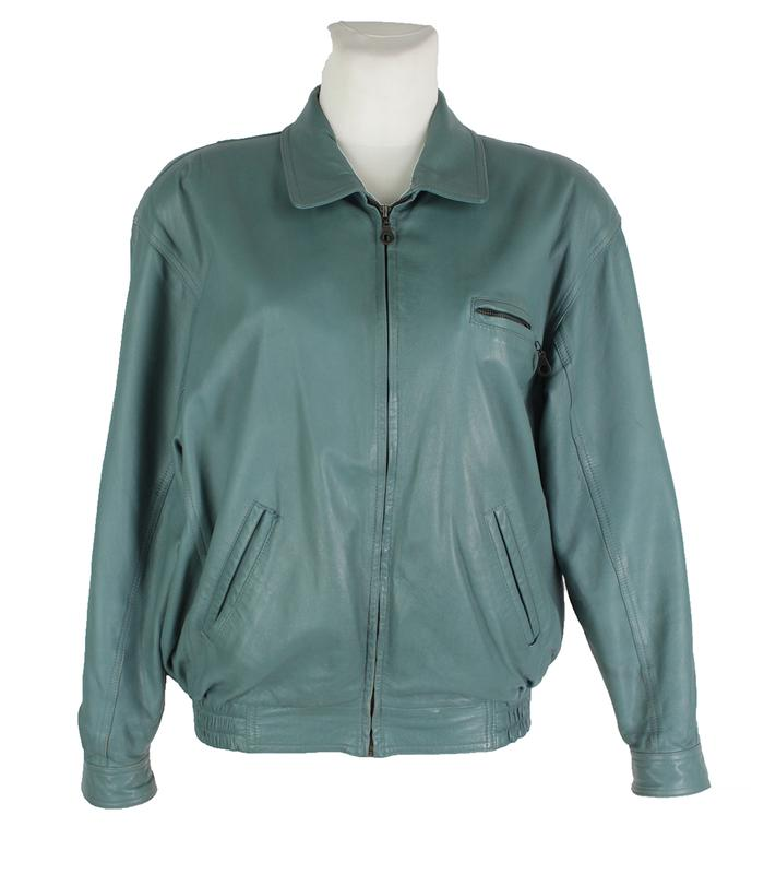 e52f0b0400f Кожаная куртка цвета морской волны 165391 ...