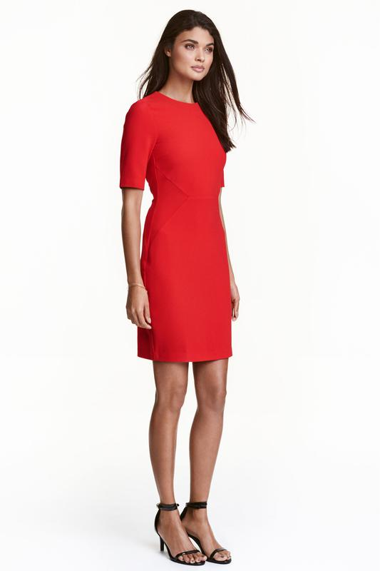 dfe57bf9ff9 Шикарное красное платье футляр от h m1 ...