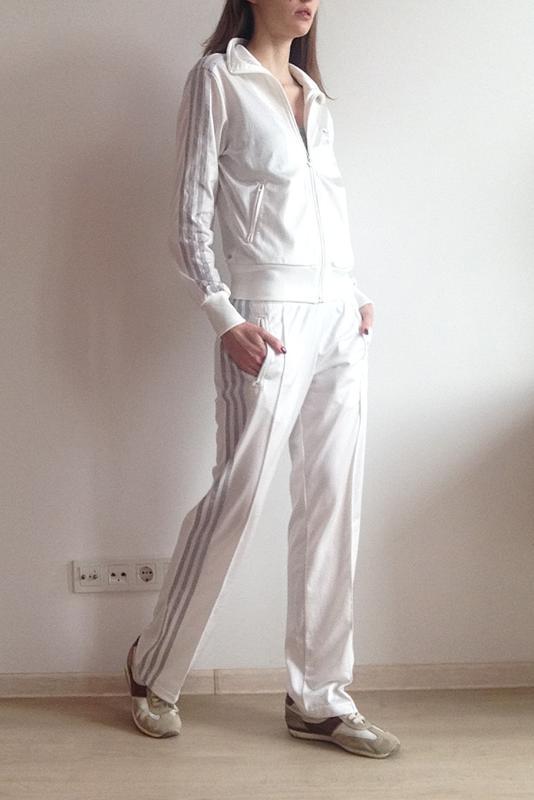 Спортивный костюм 36dc4a556a9f7