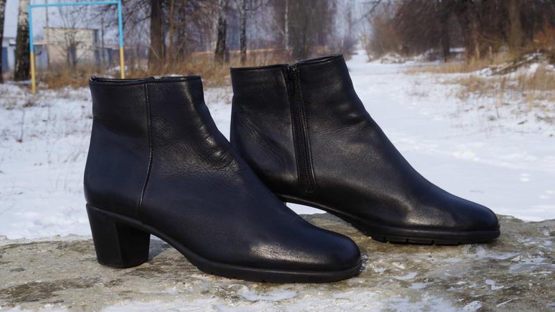 Шкіряні жіночі черевики 56b588bf4d933