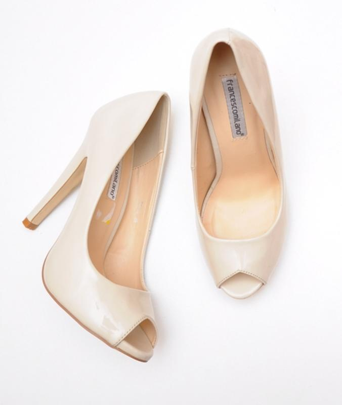 Francescomilano бежевые туфли с открытым носком р. 38-39 722c6b492b999