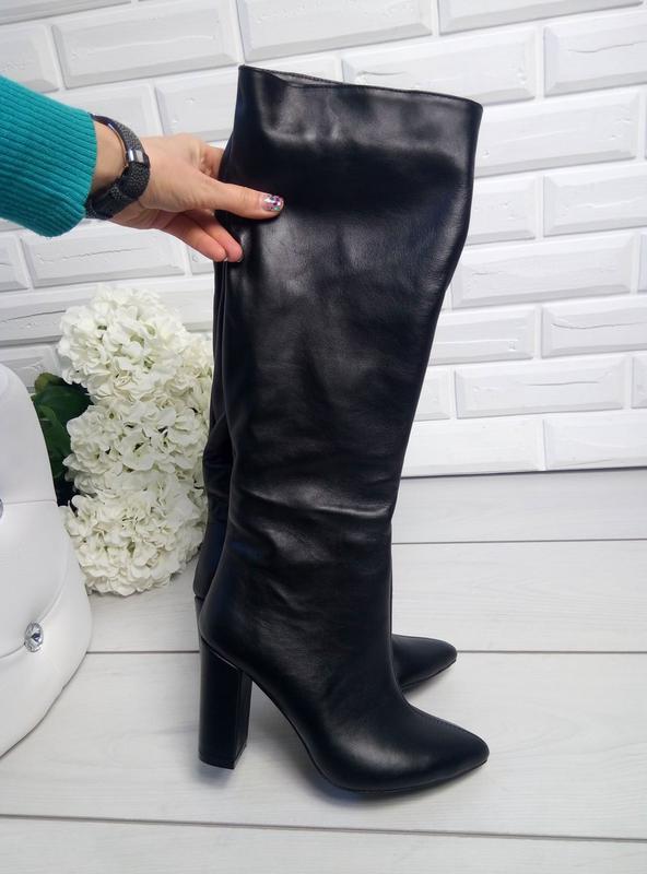 074d21d33f04 Зимние кожаные сапоги трубы на банке на каблуке с острым носком. 39 размер  за 2250 ...