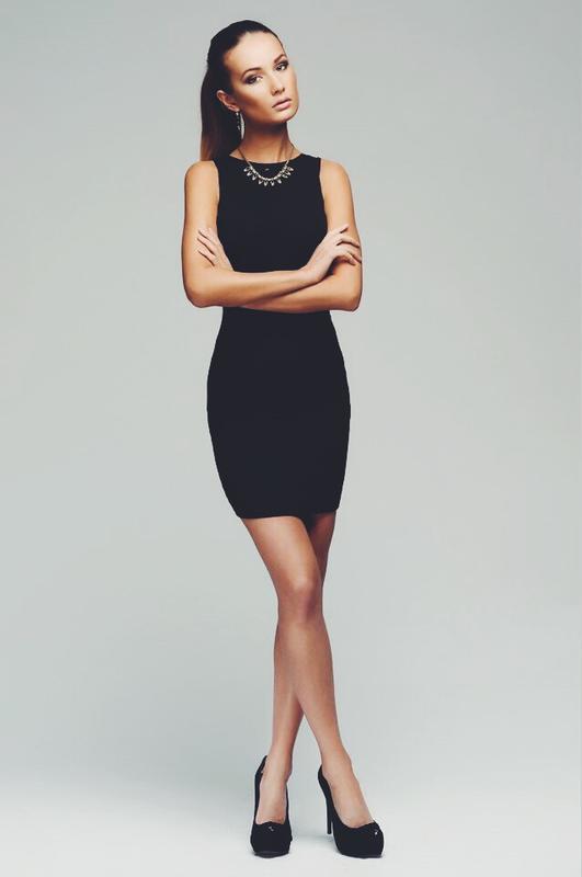 aba754fedca3 Базовое обтягивающее платье без рукавов (United Colors Of Benetton) за 70  грн.