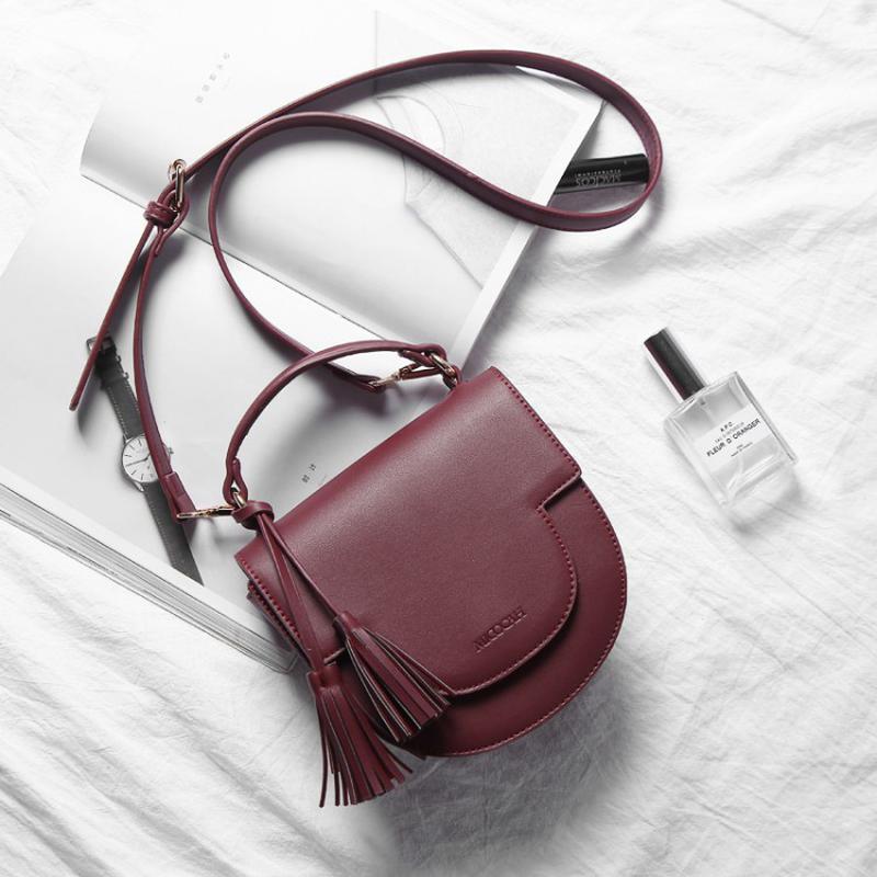 6ef0a36b8802 Шикарная маленькая бордовая сумка через плечо цвета марсала1 фото ...