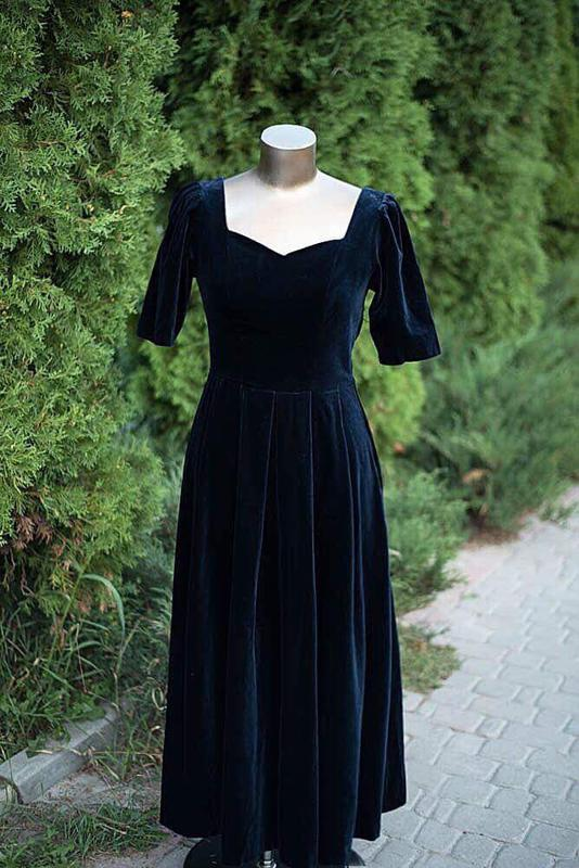 d6043a86eec Вельветовое платье миди для фотосессии1 ...