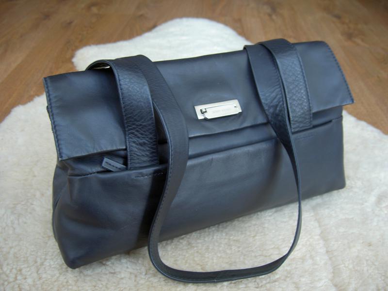 4645c95a5380 Красивая кожаная сумка на плечо gerry weber германия Gerry Weber ...