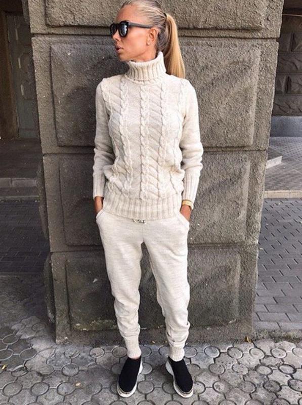 шикарный теплый вязаный костюм косы шерсть лен с горлом цена 1300